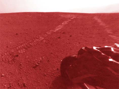 Mars Curiousity goes on its merry way.