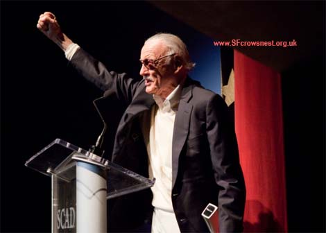 Stan Lee accepts the Lifetime Achievement Award