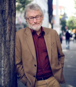 Iain Banks passes just 2 months after announcing he has cancer.