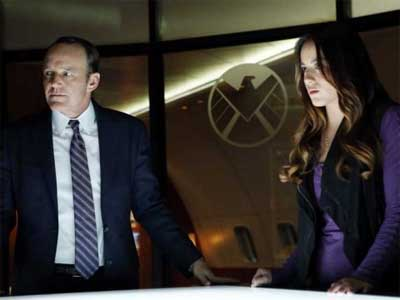 Agents of SHIELD - 3rd season trailer.