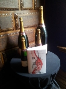 Deborah_Harkness_Book_and_Champagne