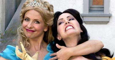 Buffy, I mean Cinderella (Sarah Michelle Gellar) vs Belle (Whitney Avalon) rap battle.
