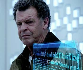 London Comic Con special: acting legend John Noble interviewed.