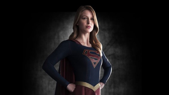 Supergirl returns (new trailer).