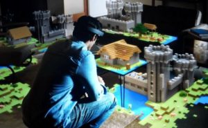 Minecraft Hololens: get an amazing look at the first major virtual reality game!