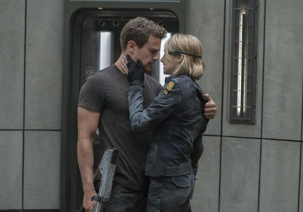 The Divergent Series Allegiant 2016 Film Review By Frank Ochieng Sfcrowsnest