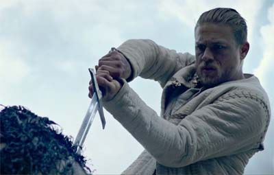 King Arthur: Legend of the Sword (new trailer).